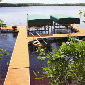cedar-dock-boat-lifts
