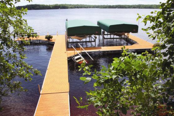 cedar-dock-boat-lifts