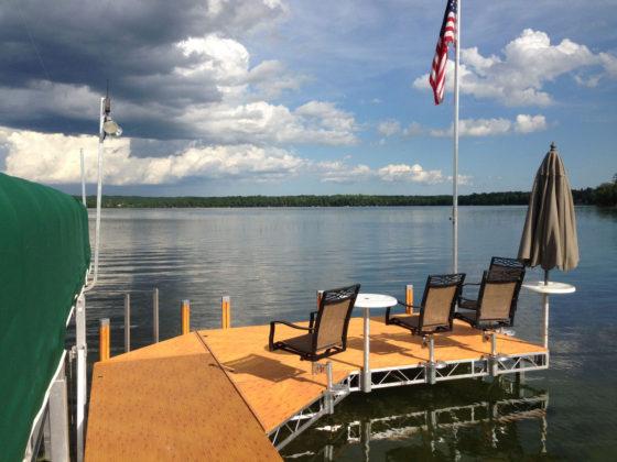 dock-seats-table-lift