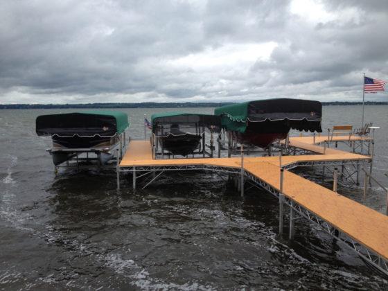 multiple-boat-lifts-dock