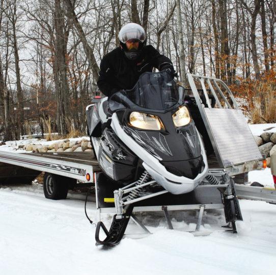 trailer-snowmobile